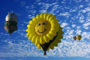hot-air-balloon-1348010_1280